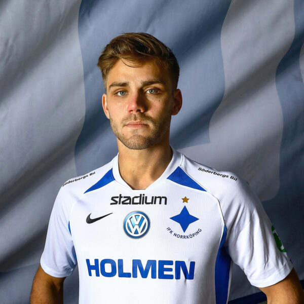 Christoffer Nyman i IFK Norrköpings matchtröja 2019